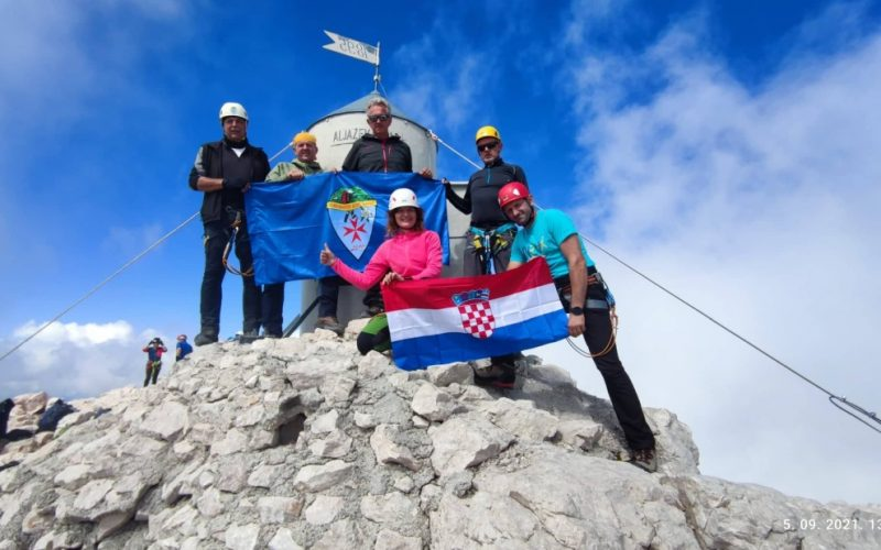 TRIGLAV 2864 m (Aljež –Plamenice – Vrh – Dolić – Luknja – Aljež)